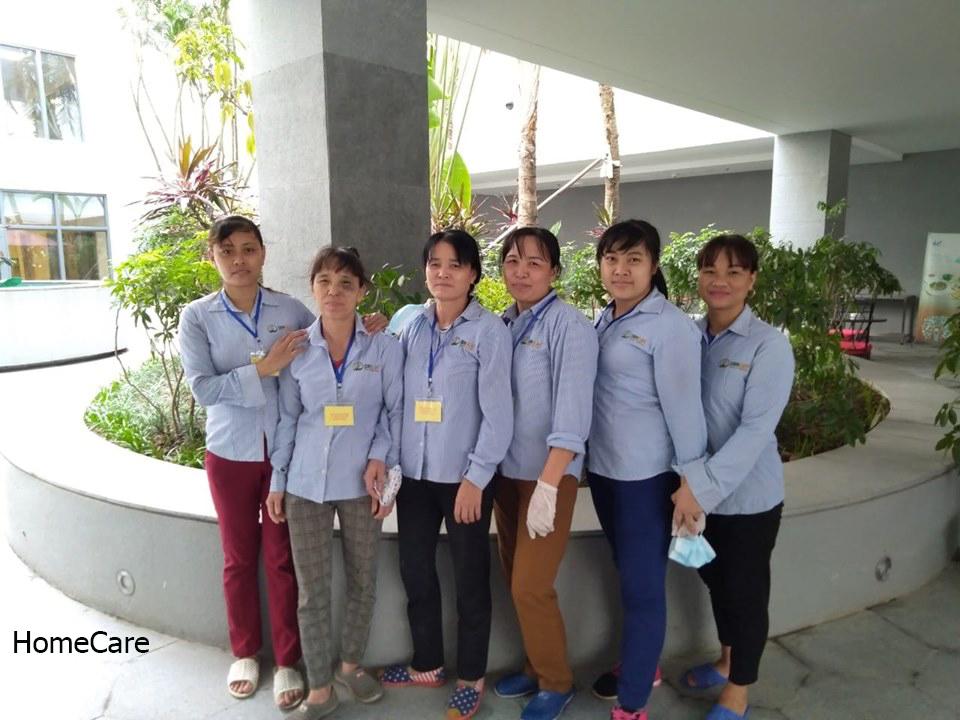Đội ngũ vệ sinh công nghiệp Homecare